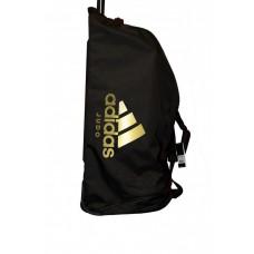 Дорожная сумка на колесах с золотым логотипом Adidas Judo (черная, ADIACC057J)