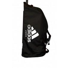 Дорожная сумка на колесах с белым логотипом Adidas Judo (черная, ADIACC057J)